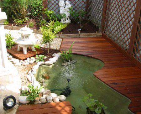 bassin et terrasse japonais